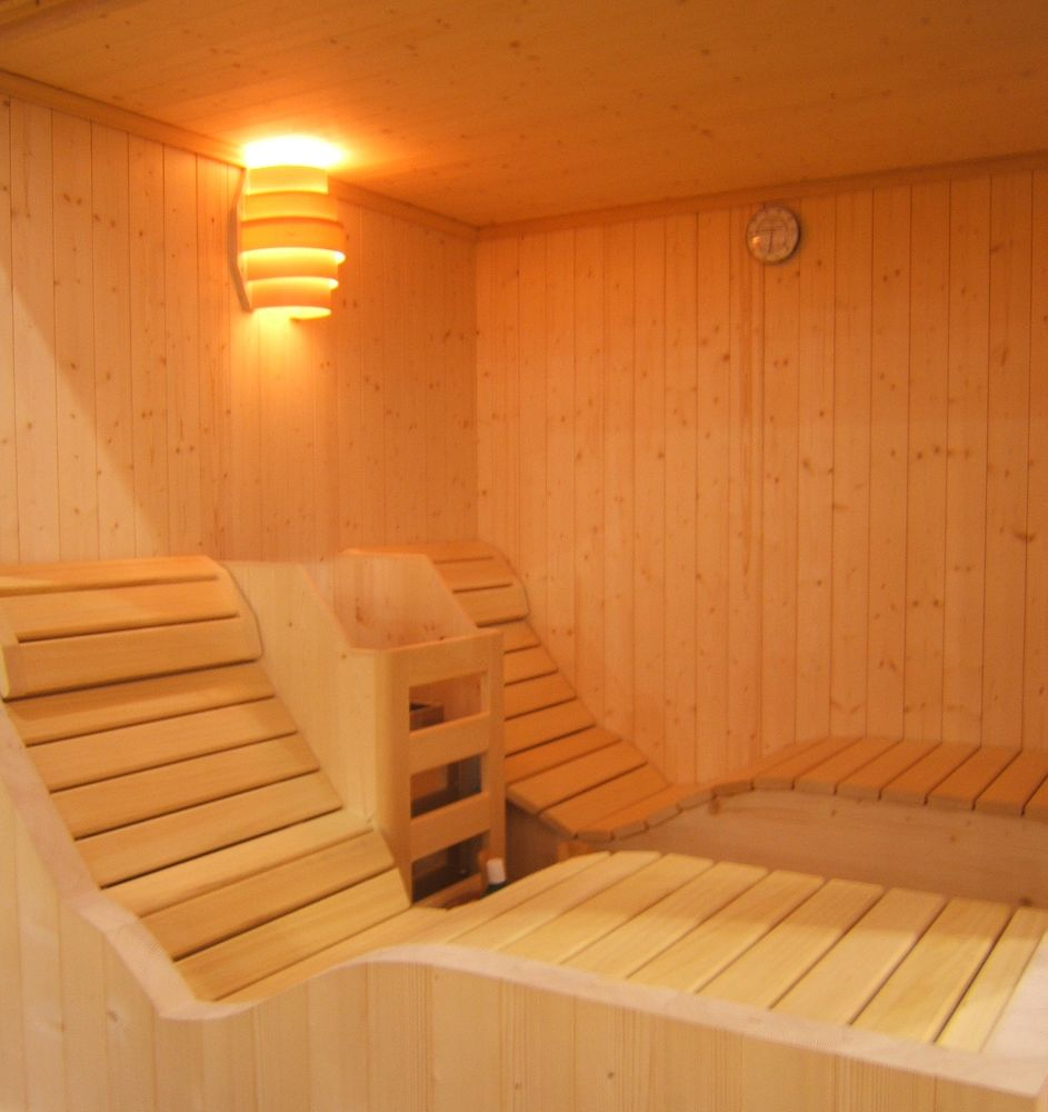 sauna schaller niedrig energie sauna aus s dtirol. Black Bedroom Furniture Sets. Home Design Ideas